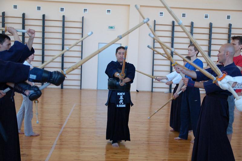 Кумдо - путь совершенства с мечом в руках
